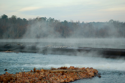 Riverfront Park Diversion Dam on a Winter's morning © Sparkle Clark