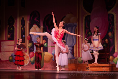 Janice as Clara in The Nutcracker-15