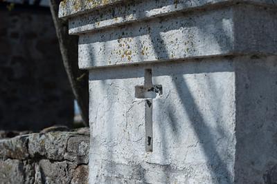 Kreuz an Wand