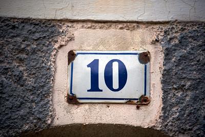 10 - Zehn