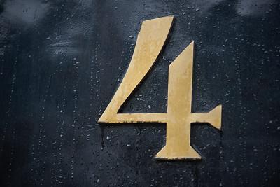 Vier - 4