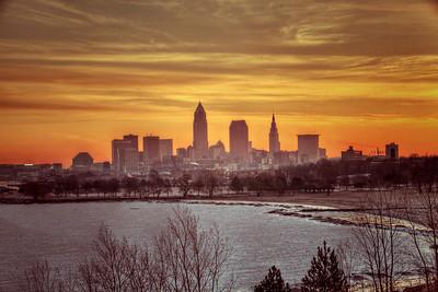 Cleveland Edgewater Sunrise 2013 106_7_8_tonemapped