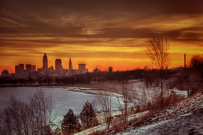Cleveland Edgewater Sunrise 2013 115_6_7_tonemapped
