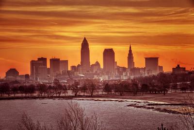 Cleveland Edgewater Sunrise 2013 100_1_2_tonemapped