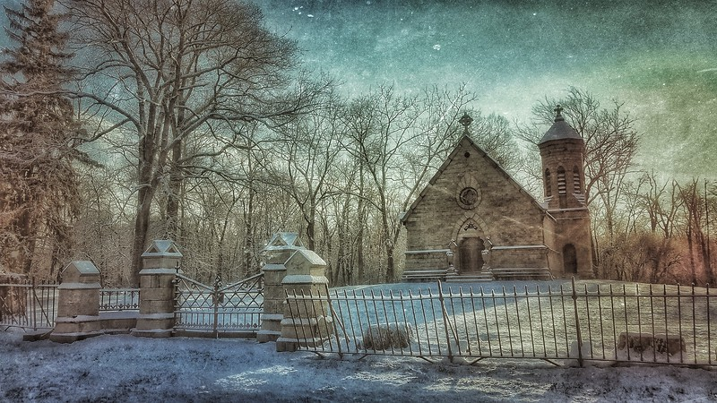 Haight family Mausoleum. Shot with Samsung Mobile Galaxy S7, Edited with Snapseed — at Goshen , New York.