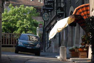Geneva: old street, new car