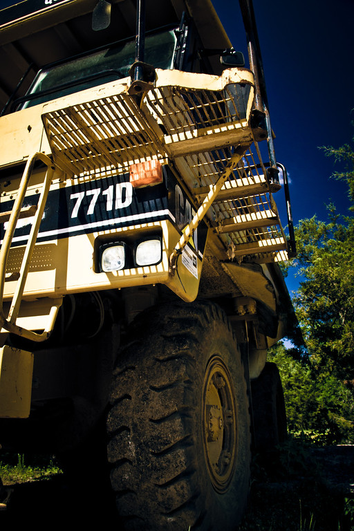 05-10-2012 Super Dump Truck
