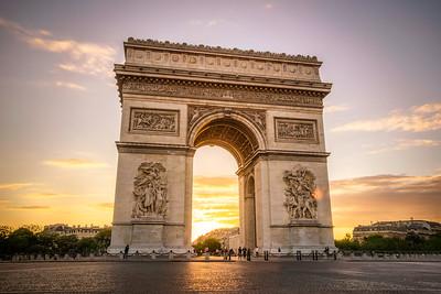 Arc De Triomphe at Sunset