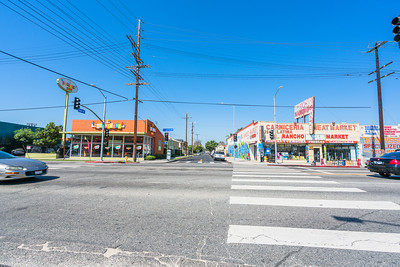 01_crenshaw_blvd_businesses_008