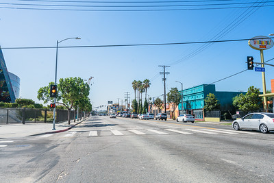 01_crenshaw_blvd_businesses_012