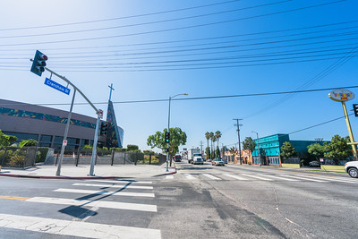 01_crenshaw_blvd_businesses_009