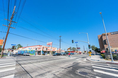 01_crenshaw_blvd_businesses_006