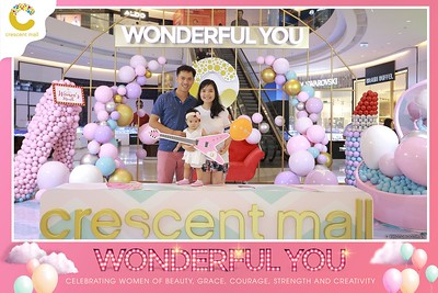 Crescent-Mall-Vietnam-Women-Day-March-8-photobooth-instant-print-chup-hinh-in-anh-lay-ngay-su-kien-Tiec-cuoi-WefieBox-photobooth-Vietnam-Day3-017