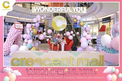 Crescent-Mall-Vietnam-Women-Day-March-8-photobooth-instant-print-chup-hinh-in-anh-lay-ngay-su-kien-Tiec-cuoi-WefieBox-photobooth-Vietnam-Day3-022