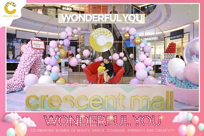 Crescent-Mall-Vietnam-Women-Day-March-8-photobooth-instant-print-chup-hinh-in-anh-lay-ngay-su-kien-Tiec-cuoi-WefieBox-photobooth-Vietnam-Day3-004
