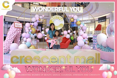 Crescent-Mall-Vietnam-Women-Day-March-8-photobooth-instant-print-chup-hinh-in-anh-lay-ngay-su-kien-Tiec-cuoi-WefieBox-photobooth-Vietnam-Day3-024