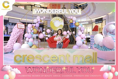 Crescent-Mall-Vietnam-Women-Day-March-8-photobooth-instant-print-chup-hinh-in-anh-lay-ngay-su-kien-Tiec-cuoi-WefieBox-photobooth-Vietnam-Day3-007
