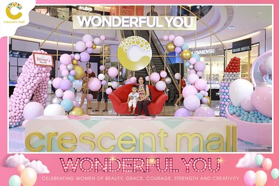 Crescent-Mall-Vietnam-Women-Day-March-8-photobooth-instant-print-chup-hinh-in-anh-lay-ngay-su-kien-Tiec-cuoi-WefieBox-photobooth-Vietnam-Day3-020