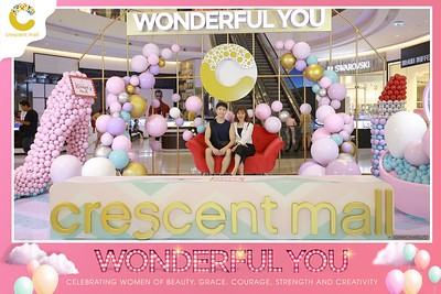 Crescent-Mall-Vietnam-Women-Day-March-8-photobooth-instant-print-chup-hinh-in-anh-lay-ngay-su-kien-Tiec-cuoi-WefieBox-photobooth-Vietnam-Day2-023