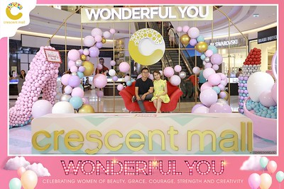 Crescent-Mall-Vietnam-Women-Day-March-8-photobooth-instant-print-chup-hinh-in-anh-lay-ngay-su-kien-Tiec-cuoi-WefieBox-photobooth-Vietnam-Day2-024