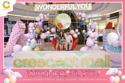 Crescent-Mall-Vietnam-Women-Day-March-8-photobooth-instant-print-chup-hinh-in-anh-lay-ngay-su-kien-Tiec-cuoi-WefieBox-photobooth-Vietnam-005