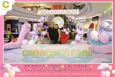 Crescent-Mall-Vietnam-Women-Day-March-8-photobooth-instant-print-chup-hinh-in-anh-lay-ngay-su-kien-Tiec-cuoi-WefieBox-photobooth-Vietnam-004