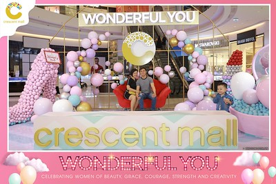 Crescent-Mall-Vietnam-Women-Day-March-8-photobooth-instant-print-chup-hinh-in-anh-lay-ngay-su-kien-Tiec-cuoi-WefieBox-photobooth-Vietnam-007