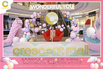 Crescent-Mall-Vietnam-Women-Day-March-8-photobooth-instant-print-chup-hinh-in-anh-lay-ngay-su-kien-Tiec-cuoi-WefieBox-photobooth-Vietnam-010