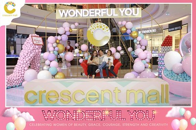 Crescent-Mall-Vietnam-Women-Day-March-8-photobooth-instant-print-chup-hinh-in-anh-lay-ngay-su-kien-Tiec-cuoi-WefieBox-photobooth-Vietnam-013