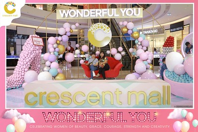 Crescent-Mall-Vietnam-Women-Day-March-8-photobooth-instant-print-chup-hinh-in-anh-lay-ngay-su-kien-Tiec-cuoi-WefieBox-photobooth-Vietnam-012