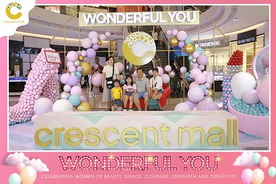 Crescent-Mall-Vietnam-Women-Day-March-8-photobooth-instant-print-chup-hinh-in-anh-lay-ngay-su-kien-Tiec-cuoi-WefieBox-photobooth-Vietnam-018