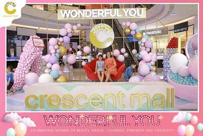 Crescent-Mall-Vietnam-Women-Day-March-8-photobooth-instant-print-chup-hinh-in-anh-lay-ngay-su-kien-Tiec-cuoi-WefieBox-photobooth-Vietnam-011