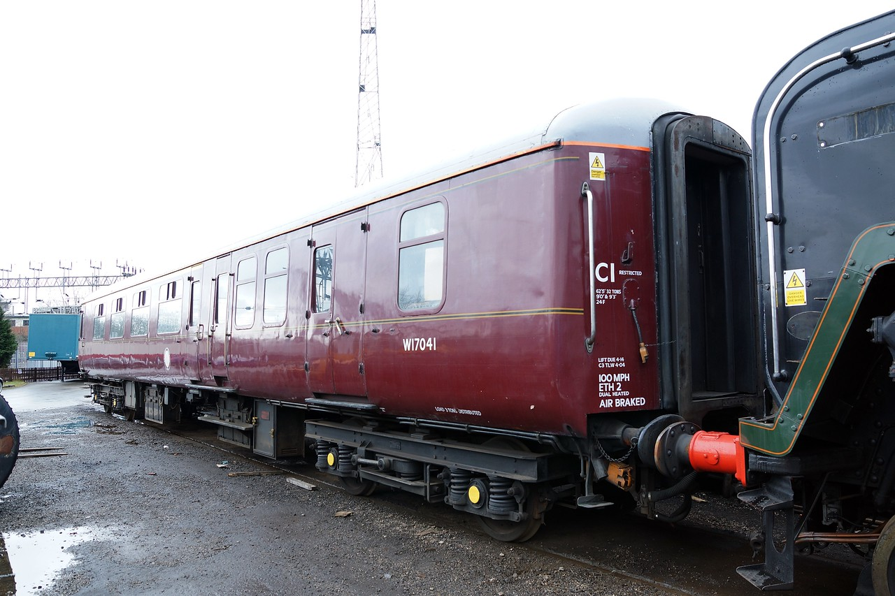 BR 17041 Mk 2 Brake Corridor First 02,03,2014 (Support Coach For ST 71000)
