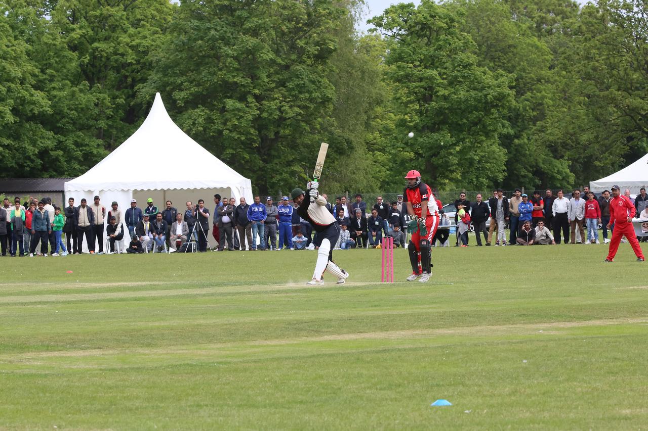 International Masroor Cricket Canada_vs_AMJ Germany Semi Final (14 of 36)