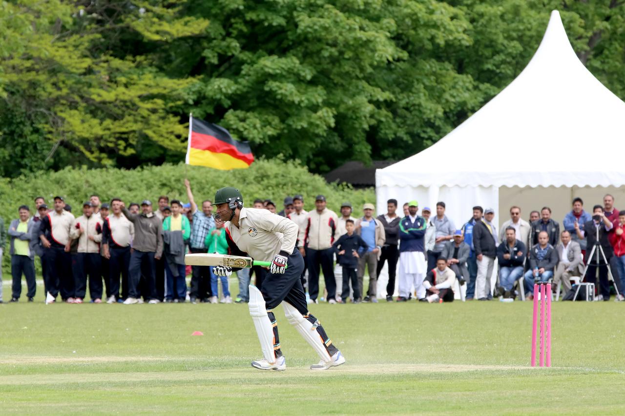 International Masroor Cricket Canada_vs_AMJ Germany Semi Final (21 of 36)