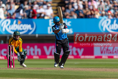 Brett D'Oliveira batting for the Rapids. Worcestershire Rapids v Notts Outlaws in the Vitality Blast semi final, played at Edgbaston 21 September 2019. Photographed by Nigel Parker/format94