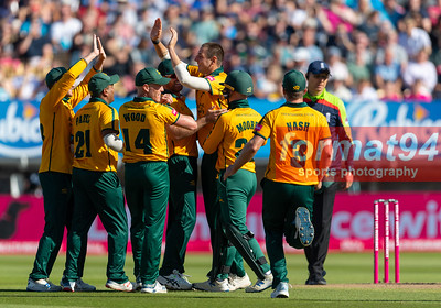 Notts Outlaws players celebrate dismissal of Moeen Ali in the Vitality Blast semi final, played at Edgbaston 21 September 2019. Photographed by Nigel Parker/format94