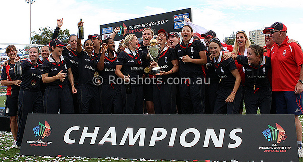 English players celebrate with the World Cup trophy after claiming the ICC Womens World Cup Final between England Vs New Zealand at North Sydney Oval to become world champions on The 22nd March 2009 Photo: © ROB SHEELEY / SMP IMAGES