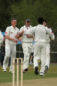 13C02100_Bamford wicket celeb