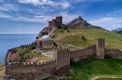 Genovese Fortress (XIV-XVIII)