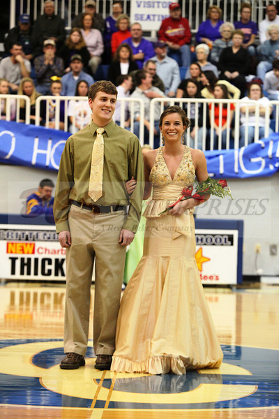 2010 Basketball Homcoming_0022