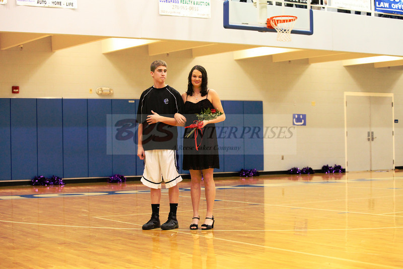 2010 Basketball Homcoming_0016