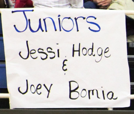 2010 Basketball Homcoming_0006a