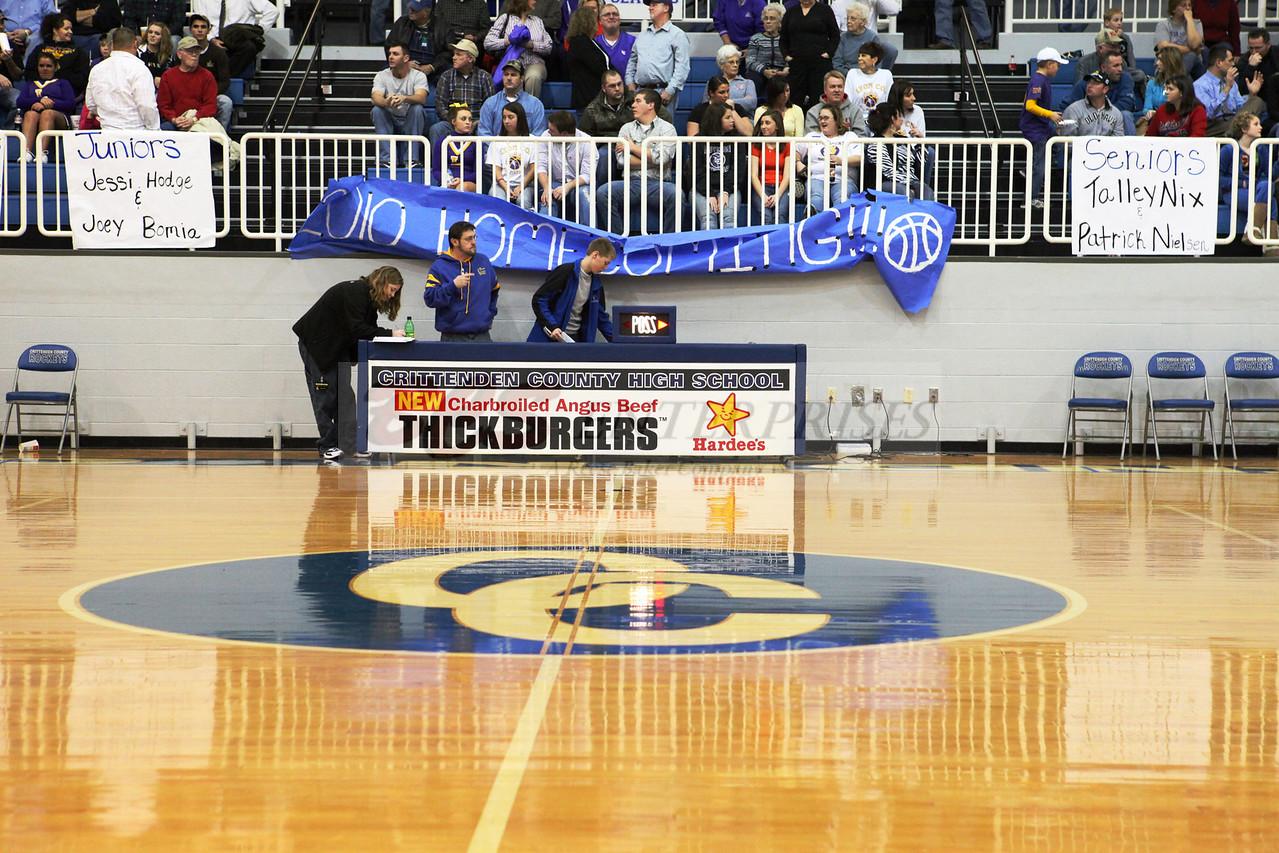 2010 Basketball Homcoming_0006