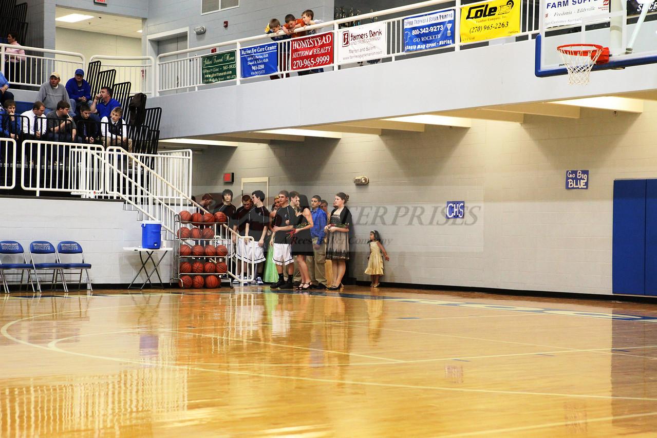 2010 Basketball Homcoming_0009