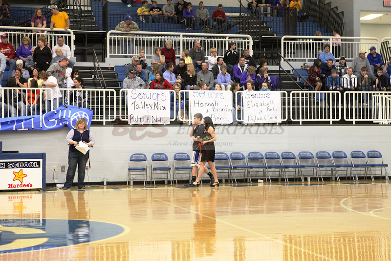 2010 Basketball Homcoming_0010