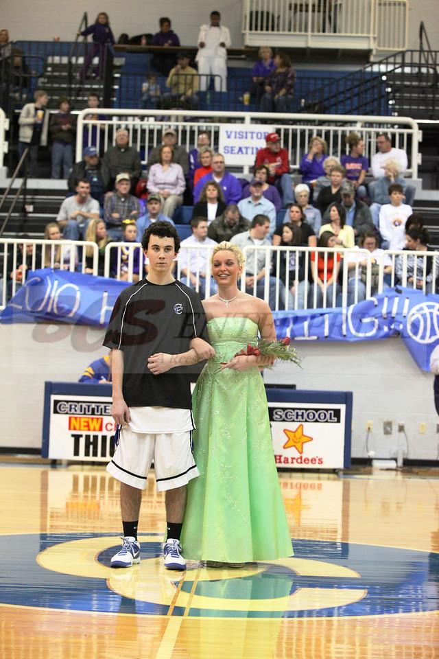 2010 Basketball Homcoming_0039