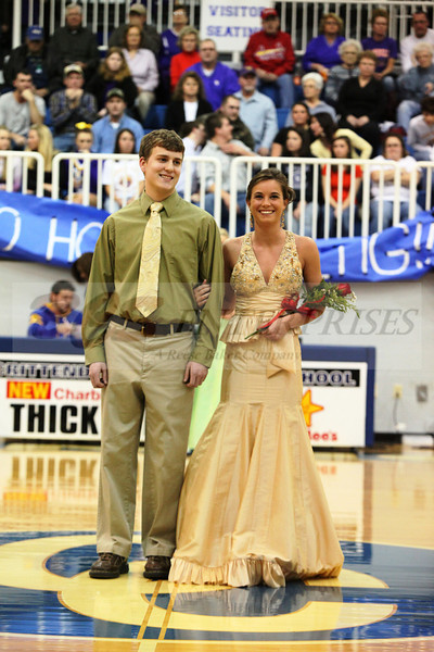 2010 Basketball Homcoming_0024
