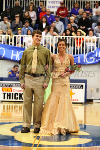 2010 Basketball Homcoming_0023