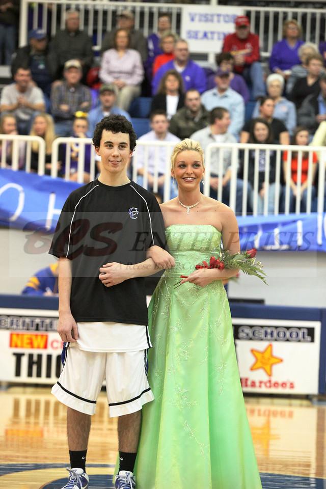 2010 Basketball Homcoming_0042